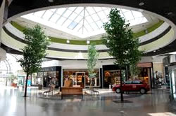 Alto Avellaneda Shopping