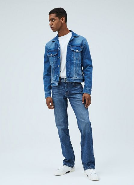 Oferta de KINGSTON RELAXED FIT REGULAR WAIST JEANS por $99