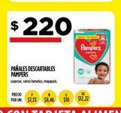 Oferta de Pañales descartables Pampers por $220