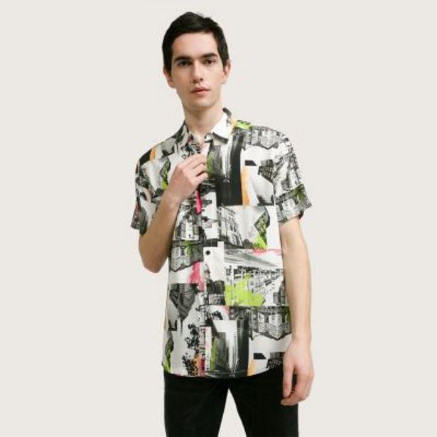 Oferta de Camisa print por $1490