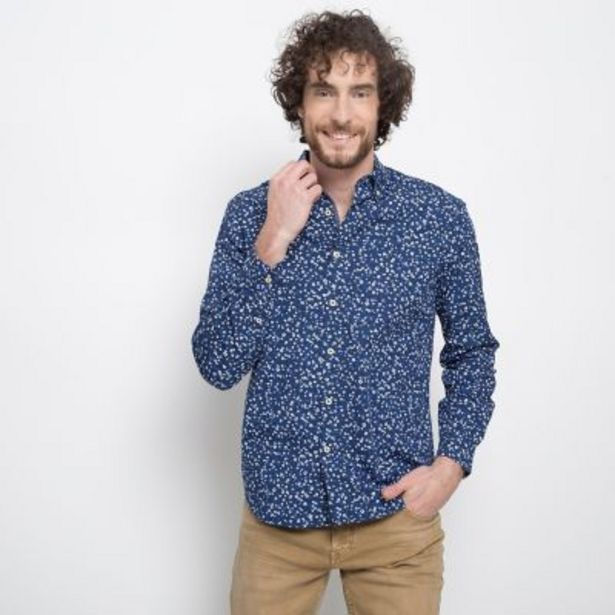 Oferta de Camisa micro print por $1695