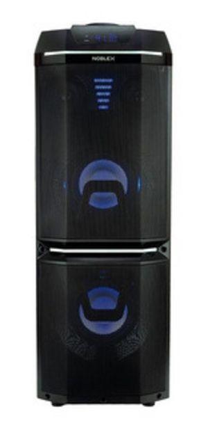 Oferta de Minicomponente Noblex Mnt-670 Tower System 7152 por $29999