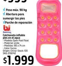 Oferta de Colchoneta inflable pies en el agua  por $1999