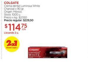 Oferta de COLGATECrema dental Luminous White Charcoal x 90 gr. por $114,75