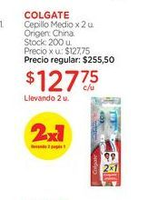 Oferta de COLGATECepillo Medio x 2 u. por $127,75