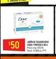 Oferta de Jabón de tocador Dove 50g por $50