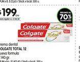 Oferta de Crema dental Colgate total 12 140gr  por $199