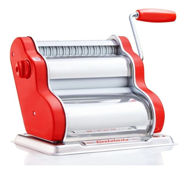 Oferta de Maquina de Pastas Pastalinda Clasica Roja por $25241