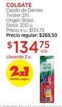 Oferta de Cepillo de Dientes Twister 2X1. por $269,5