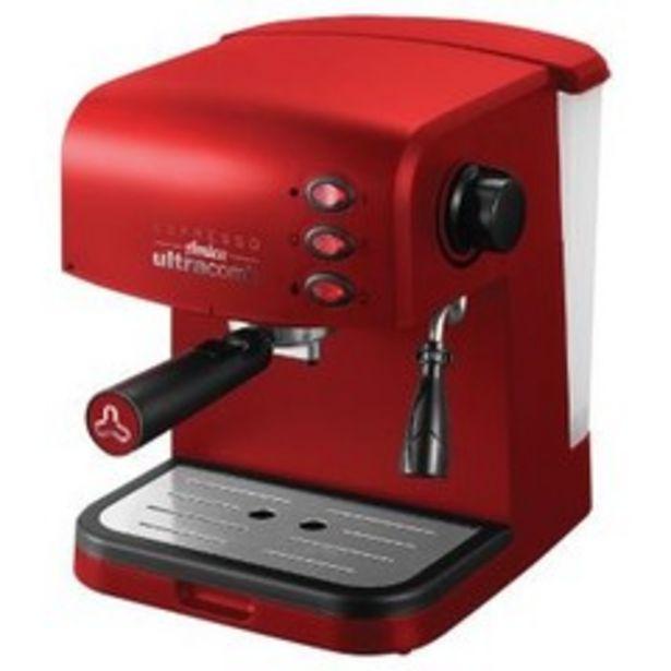 Oferta de Cafetera Express Ultracomb CE 6108 15 bar por $15874,4