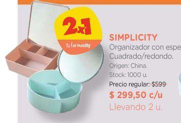 Oferta de Organizador con espejo. por $299,5