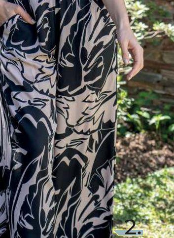 Oferta de Pantalón Mujer Fibrana Estampada blanco y negro por