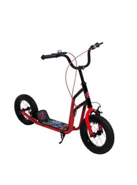 Oferta de Monopatin Ruedas inflables Y Freno Bici Avenger Rojo por $20110
